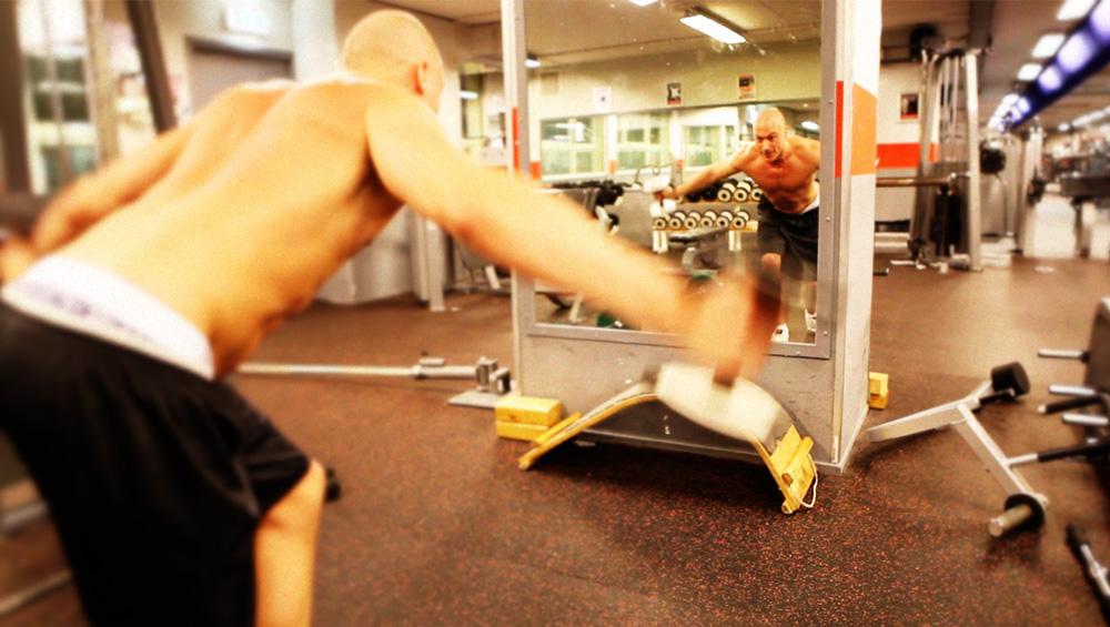 Rug Workout: 4 oefeningen voor een gespierde rug
